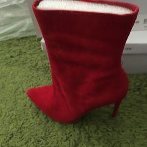 Steve Madden Women's Wagner Stiletto-Heel. Red 8M